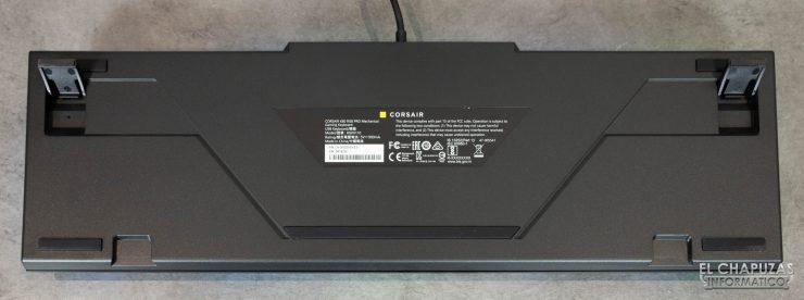 Corsair K60 RGB Pro - Base
