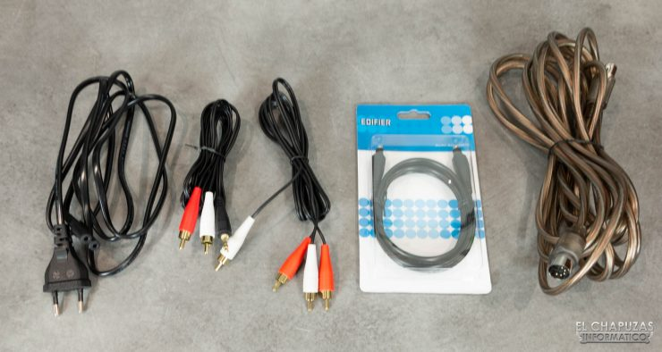 Edifier S360DB - Cables