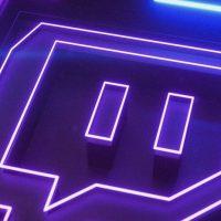 Twitch recibe una queja de la industria de la música para endurecer el Copyright en su plataforma