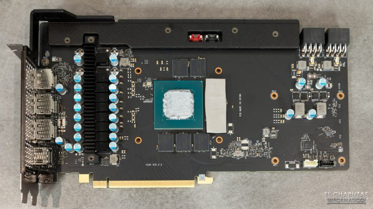 MSI GeForce RTX 3070 Gaming X Trio - PCB frontal con puente