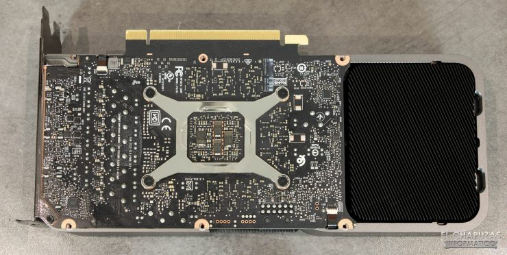 Nvidia GeForce RTX 3070 Founders Edition sin backplate