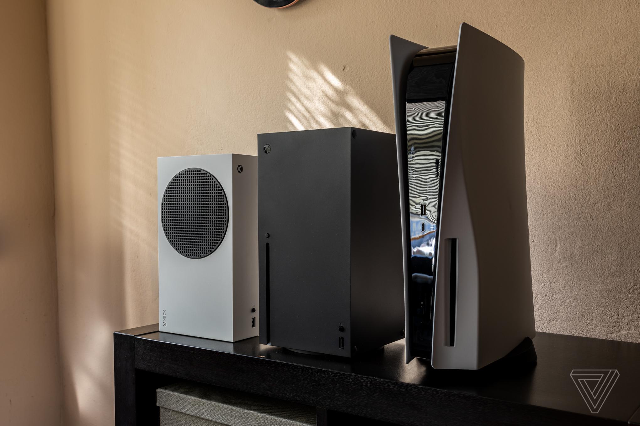 Microsoft comenzó a fabricar las Xbox Series X|S más tarde que Sony a cambio de una ventaja de AMD