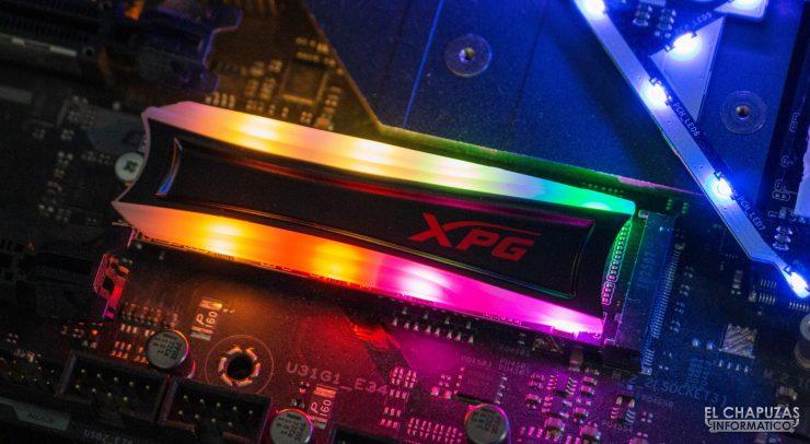XPG Spectrix S40G - Iluminación