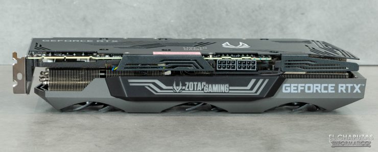 Zotac Gaming GeForce RTX 3090 Trinity - Vista lateral principal