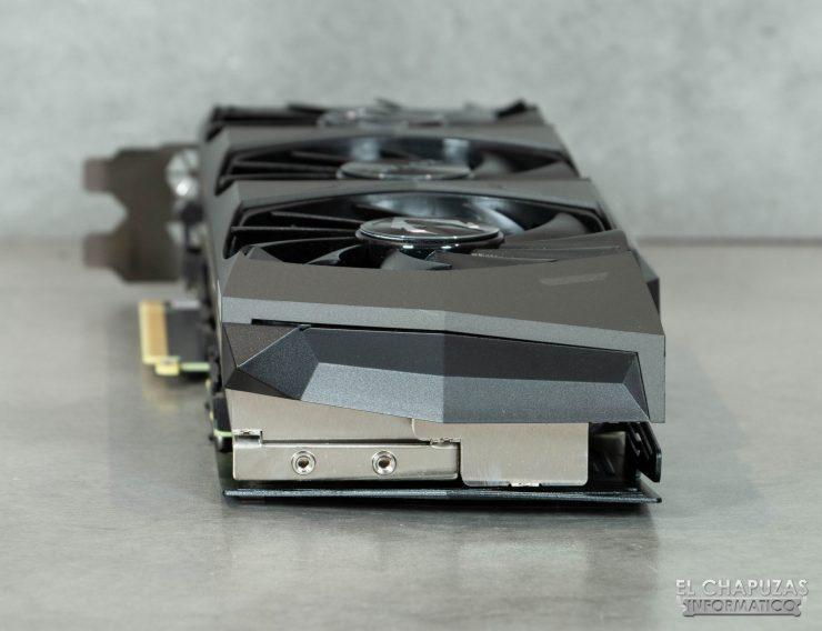 Zotac Gaming GeForce RTX 3090 Trinity - Vista trasera