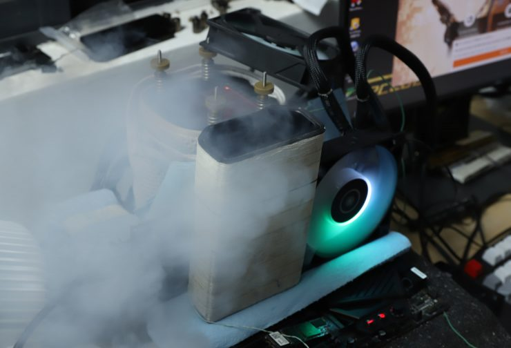 AMD Radeon RX 6800 XT con nitrógeno líquido
