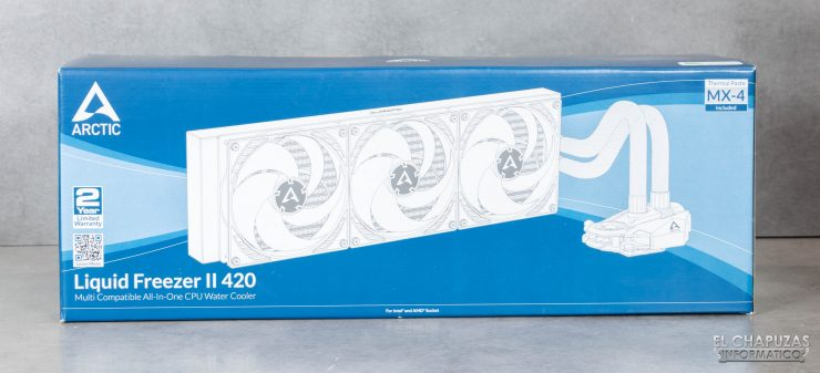 Arctic Liquid Freezer II 420 - Embalaje frontal