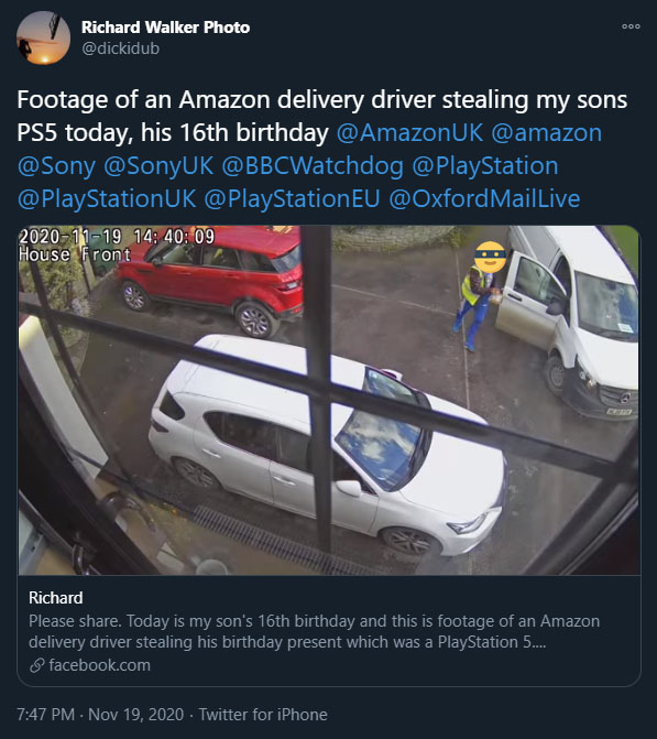 Captan a un repartidor de Amazon robando una PlayStation 5 en vez de entregarla