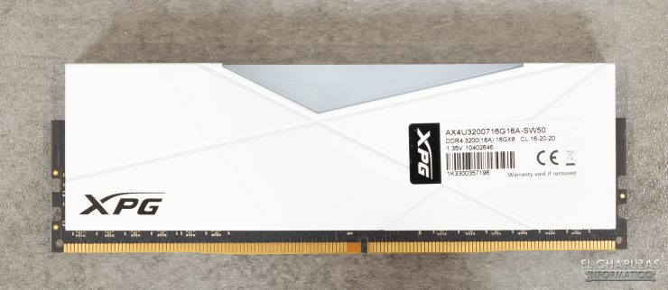 XPG Spectrix D50 - Vista trasera
