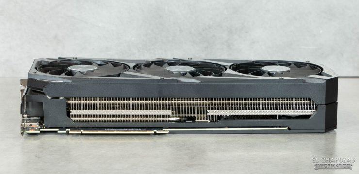 Asus ROG Strix GeForce RTX 3070 OC - Lado interno