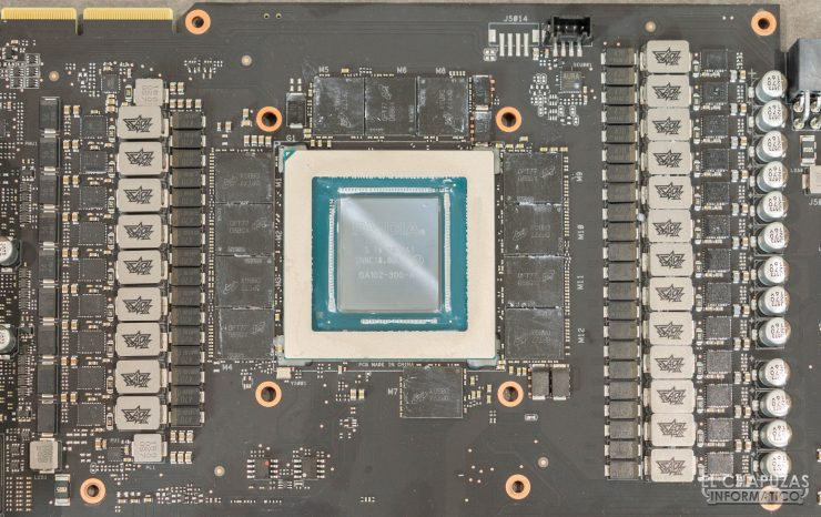 Asus ROG Strix GeForce RTX 3090 OC - PCB detalle