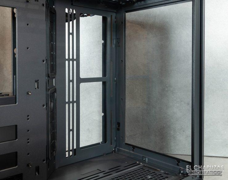Lian Li O11 Dynamic Mini - Interior 6