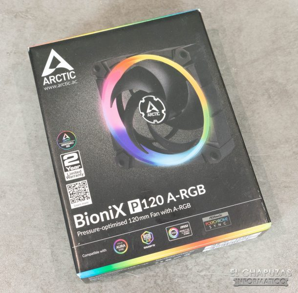 Arctic BioniX P120 A-RGB - Embalaje frontal