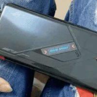 El Asus ROG Phone 5 muestra una pequeña pantalla OLED en la parte trasera