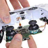 iFixit estima que el mando DualSense de la PlayStation 5 tiene una vida útil de 417 horas
