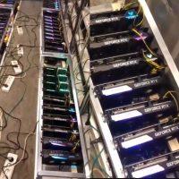 Así luce una granja de minado con cerca de un centenar de tarjetas gráficas y ASICs minando criptomonedas