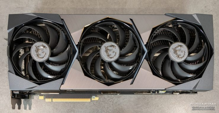 MSI GeForce RTX 3090 Suprim X - Vista superior