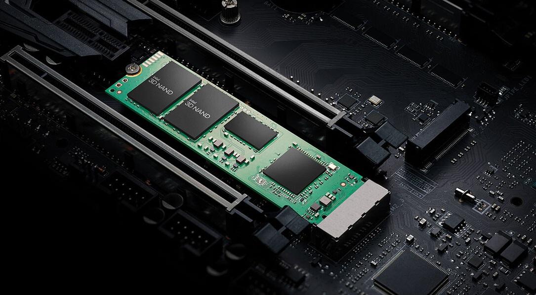 Intel se ve obligada a reducir el precio de sus SSD 670p nada más lanzarlos al mercado